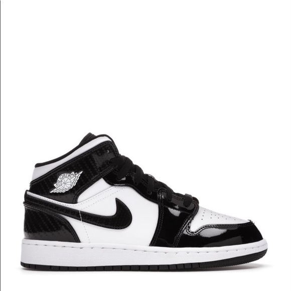 "🐼*NEW* Air Jordan 1 Mid ""Carbon Fibre"" (GS)"
